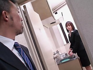 Japanese maid Haruna Shinjo seduced and pussy licked by a stranger