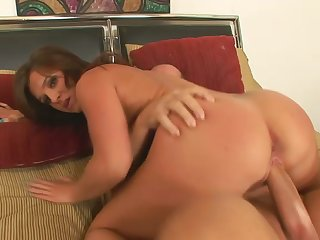 To the fullest fingering herself curvy slut gives a terrific blowjob to gleam