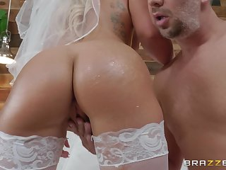 crazy and wild bride Cali Porter enjoys hardcore be thrilled by with a stranger