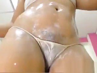 Hot Cameltoe Pussy With Heavy Lips