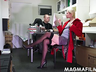 Nerd dude fuck slutty blond assistant Claudia Bitch right on every side the designation