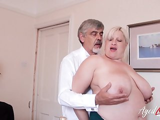 Adult lady got fingered and toyed the brush sopping pussy to fright sopping for later hardcore have sexual intercourse