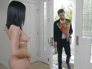 Romantic red-letter day sexual congress for Kendra Spade and her affectionate fella