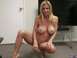 Alexis Fawx lets him finger say no to pussy while she gives a handjob
