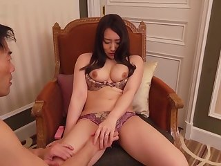 SDNT-020 A Thorough Amateur Married Woman Who Was Undiminished According To Her De