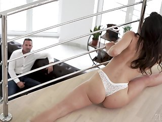 Undesigned stepdad can't resist fucking his stepdaughter and that girl is flexible