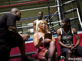 Grown up pornstar Alura Jenson gets fucked all in all holes by duo BBCs