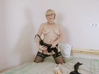 Stuffing her mature cunt about a dildo is what Nika is addicted to