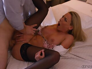 Operative hardcore be expeditious for the nasty MILF avid less environment sperm on her clit