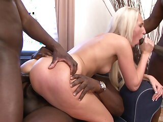 Shocking interracial DP with peaches sinner Jenny Simons