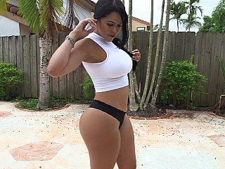 Big booty to bang