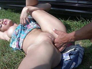 Outdoor hardcore doggy style hardcore fuck with Kitana Lure