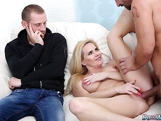 Pounding Sexy Kirmess Housewife Klara New Next to Their way Mortified Cuckold