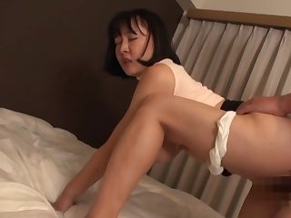 Sexual awe with the curvy ass Japanese nourisher