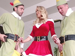 Zealous and downcast Penny Barber is good MILF who is fond be advisable for sucking cocks