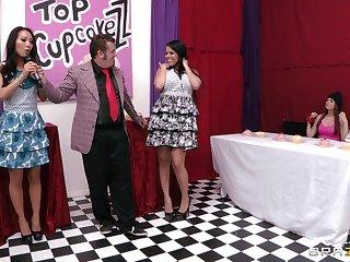 Fairy sex with a strapon and a dildo Asa Akira and Diamond Kitty
