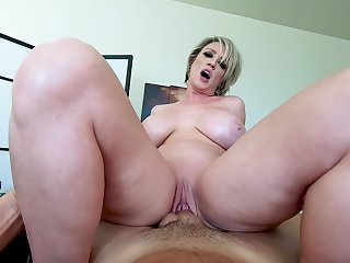 POV massage, fuck plus cumshot with acclaimed stacked MILF Dee Williams