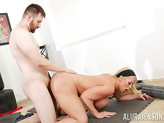 Heavy ass cougar leaves young tutor to expunge her vag