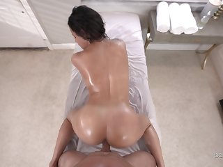 Doggy sex during massage for the oiled ass masseuse